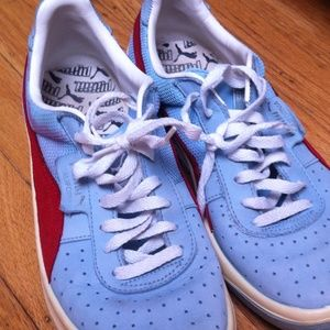 Vintage puma California tennis shoes baby blue