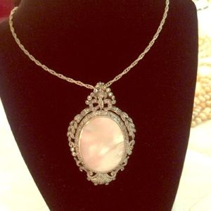 Beautiful vintage necklace with pendant.