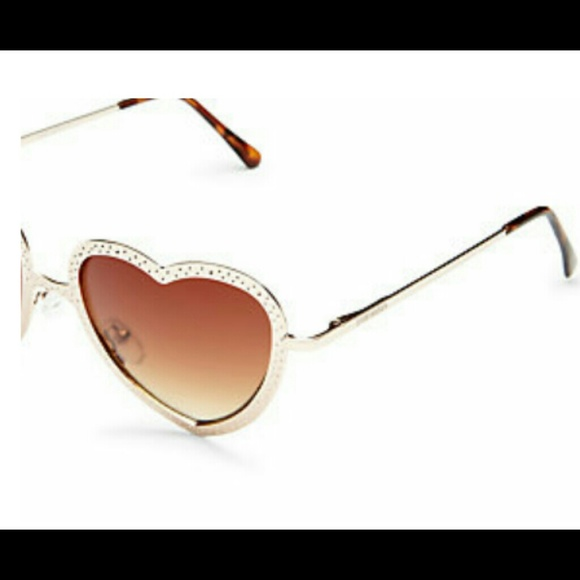 Gold Frame Heart Shaped Sunglasses : 71% off Steve Madden Accessories - Maddens heart shaped ...