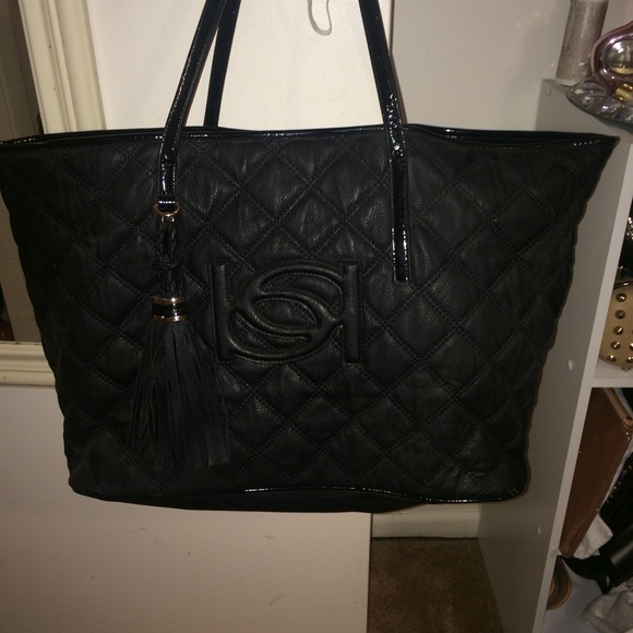390d98e3a6 bebe Bags | Quilted Faux Black Tote | Poshmark