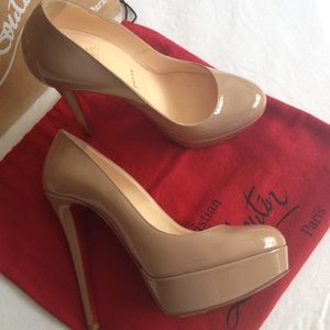 Authentic Christian Louboutin Bianca 37