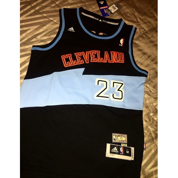 huge discount 3c1ee a06ce cleveland cavs retro jersey
