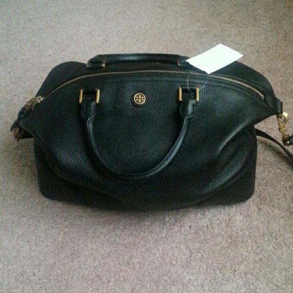 b6278998452 Tory Burch Frances Slouchy Black Leather Satchel