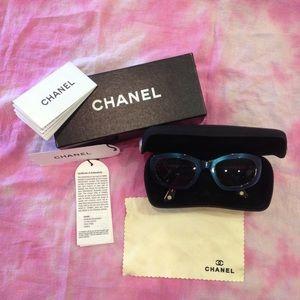 Chanel Sunnies
