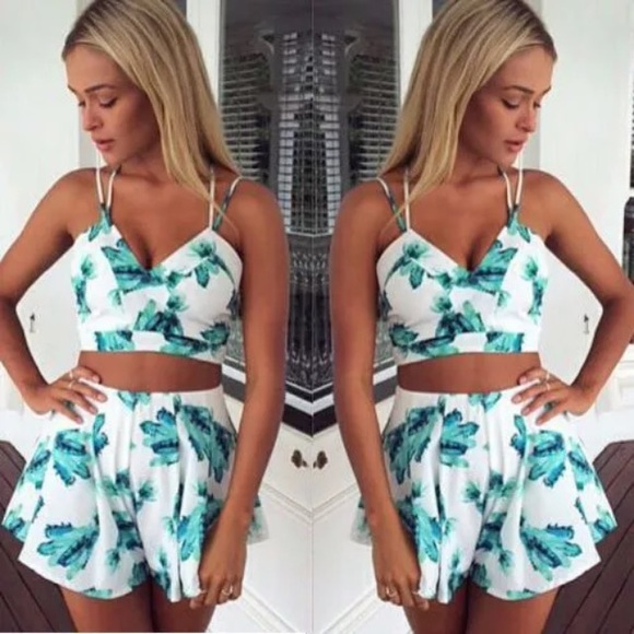 67% off Boutique Dresses & Skirts - 2 piece crop top and high ...