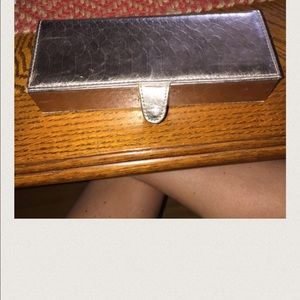 Bare Escentuals Accessories - Bare Escentual travel case