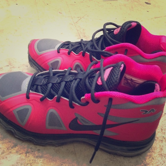 pink and black griffeys