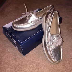 Sperry Top-Sider Shoes - ✨Brand New Sperry Top-Sider Intrepid Platinum Shoe