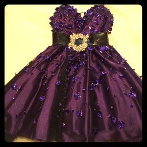 Terani Couture Dresses & Skirts - Purple prom/formal/pageant dress