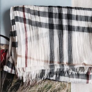 Burberry Accessories - N/A - Burberry London Scarf / ivory check