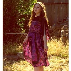 Vintage Dresses & Skirts - Vintage Black Sheer Traveler Floral Boho Dress