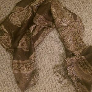 Accessories - Beautiful Brown/gold scarf