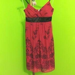 Trixxi Dresses & Skirts - Beautiful red Dress!