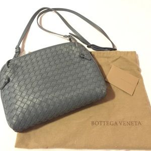 2f25b98f9ef1 Bottega Veneta Bags - Bottega Veneta small woven crossbody bag
