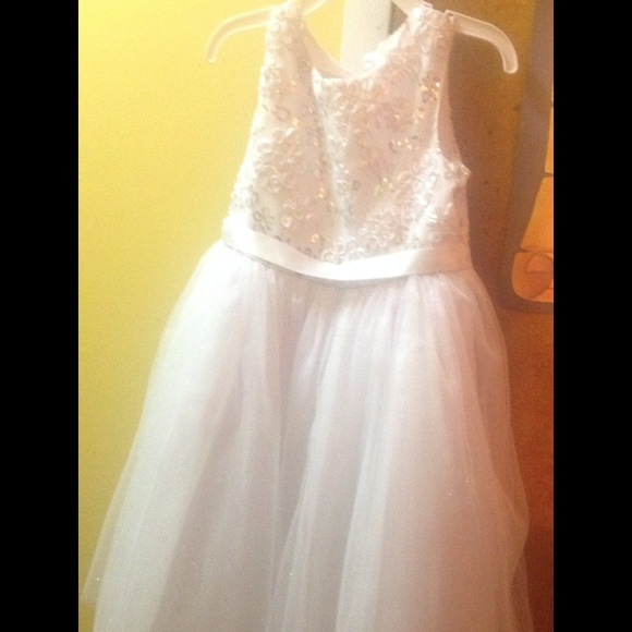 5c2ba0518 Flower Girl/Graduation Bella dress size 6x. M_55882663dbcf242e010e4e13