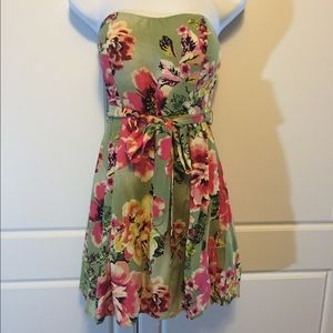 Mustard Seed Dresses & Skirts - Floral Strapless Dress