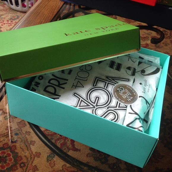 Kate Spade Authentic Gift Box W/ Wrapping & Kate Spade Gift Wrap Related Keywords u0026 Suggestions - Kate Spade ...