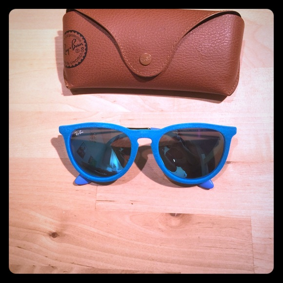 554dbf4438 Ray-Ban Accessories - 100% Authentic Erika Azure Blue Velvet Ray Bans