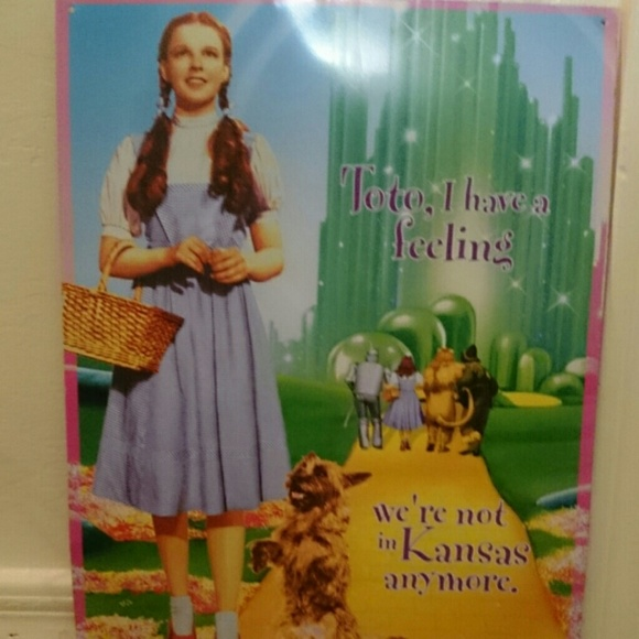 wizard of oz tin wall decor na from michelle 39 s closet on. Black Bedroom Furniture Sets. Home Design Ideas