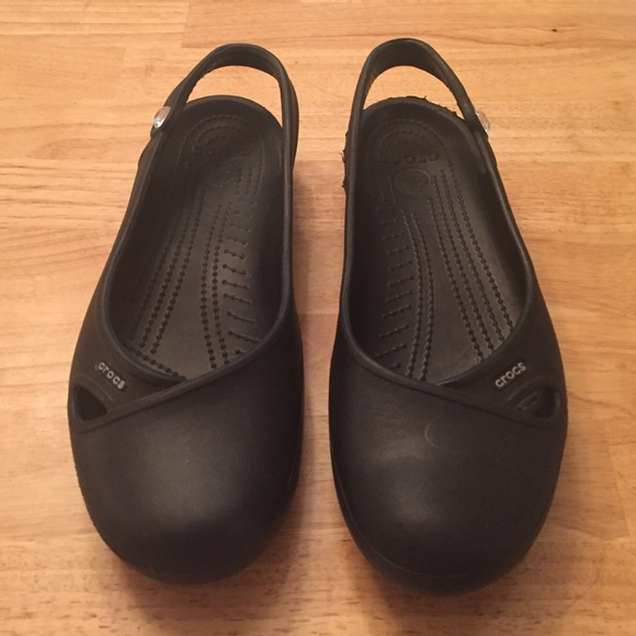 82b63e615c1b crocs Shoes - Crocs Jeweled Sandals! Woman s Size 11 bling!