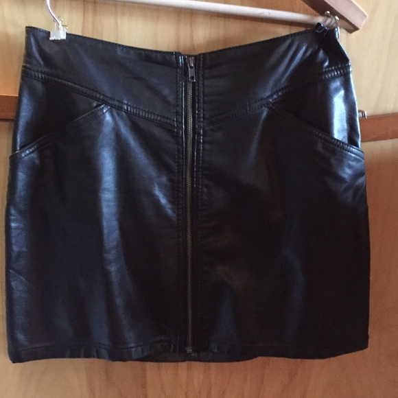 62 h m dresses skirts h m faux leather skirt