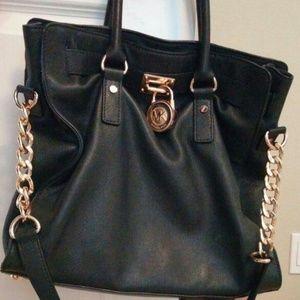 5d046a7da351 Michael Kors Bags - Michael Kors handbag LIMITED EDITION!
