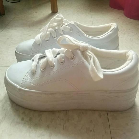 931ccacf88dd ... off 90s Vintage White Platform Sneakers. M 5589bf1516ba9752340052f0