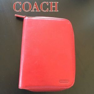 COACH LEATHER ZIP AGENDA