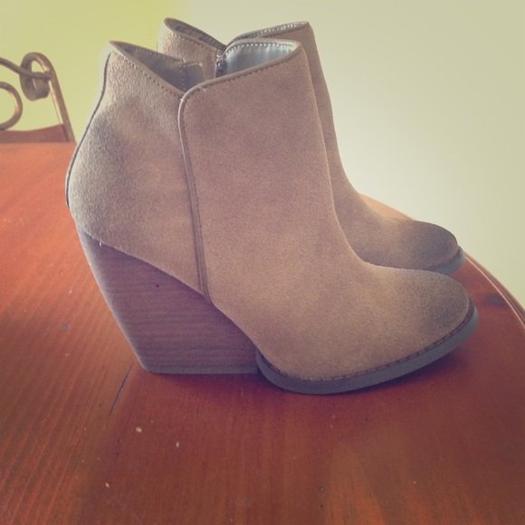 33% off Very volatile Boots - Very volatile whitby booties sz 6.5 ...