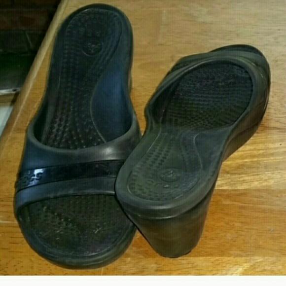 40 crocs shoes black wedge crocs from s closet
