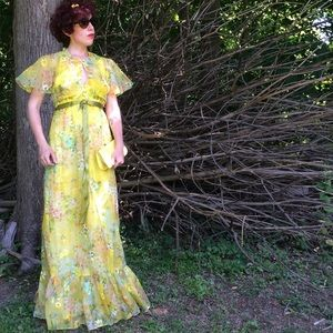 Dresses & Skirts - Vintage yellow floral maxi dress