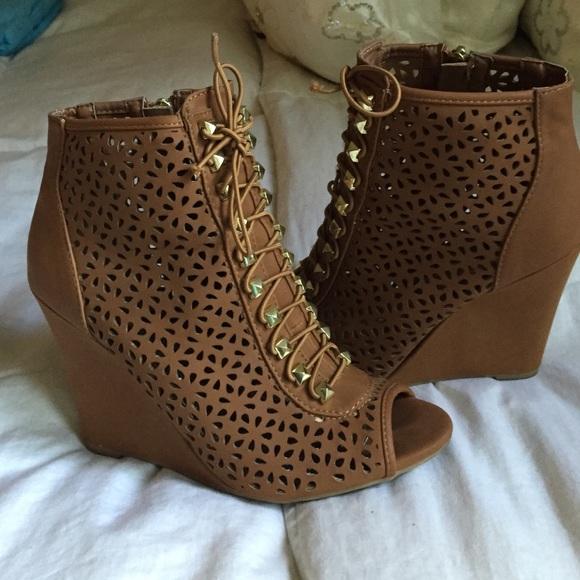 2226c860550 Cici hot Shoes - Tan lace up wedges