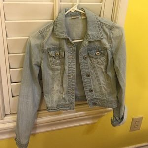 Light denim cropped jean jacket