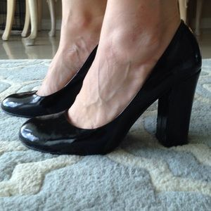 Chinese laundry size 8 heels