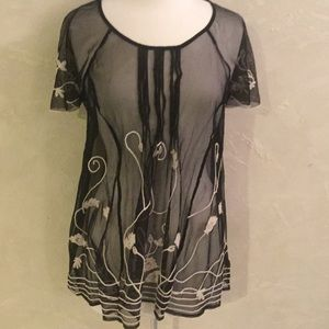 BLACK SHEER TUNIC WITH FLORAL EMBROIDERING