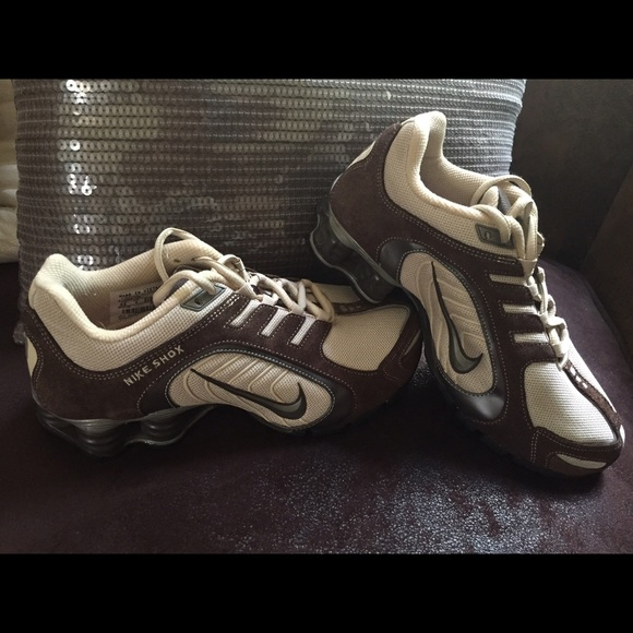 cea18bcefb6c17 Nike Shoes - NIKE Shox Navina - stylish + comfortable. Size 6.5
