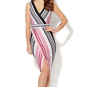 🚫 Sold 🚫 NY & Company wrap dress