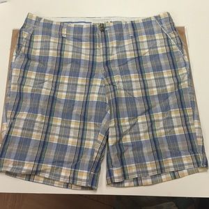 Old Navy Other - CLEARANCE!!!🎀Old Navy Burmuda shorts size 14🎀