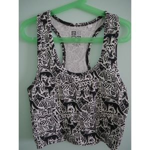 Billie black and white printed crop top fitted