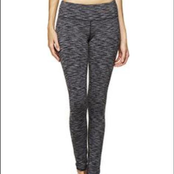371c3750f lululemon athletica Pants - Lululemon coco pique print leggings size two!