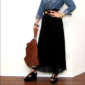Dresses & Skirts - Black chiffon maxi skirt