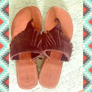 Shoes - ❌SOLD❌ Boho fringe sandals