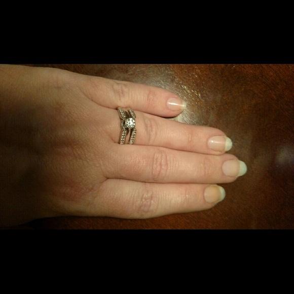 Helzberg Masterpiece Diamond Wedding Ring