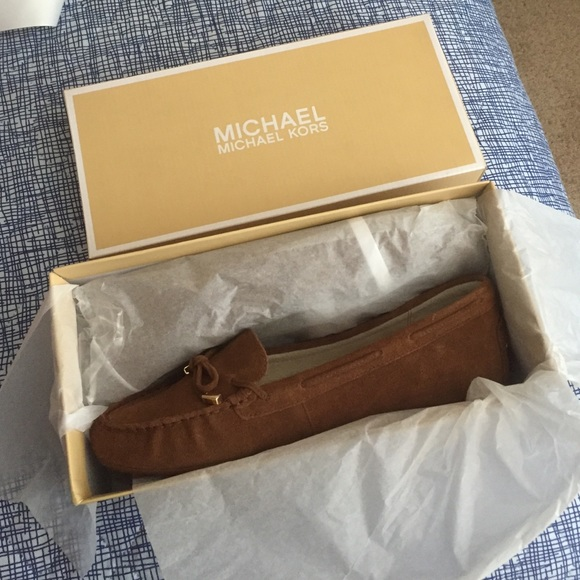 49736642da0e Buy michael kors daisy moccasins   OFF40% Discounted
