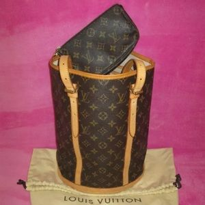 Louis Vuitton Handbags - Authentic Louis Vuitton Bucket Bag