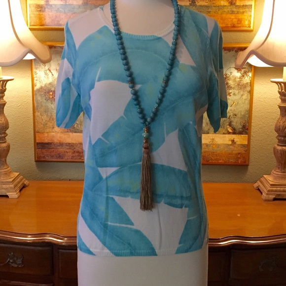 Tops - Turquoise & white summer short sleeved top