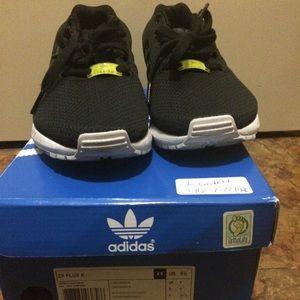 Adidas Tamaño De Los Zapatos 2 Niños biRDiNlL