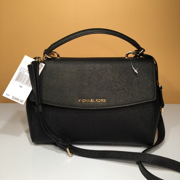 029d55039716 New Michael Kors Small Ava Black Handbag