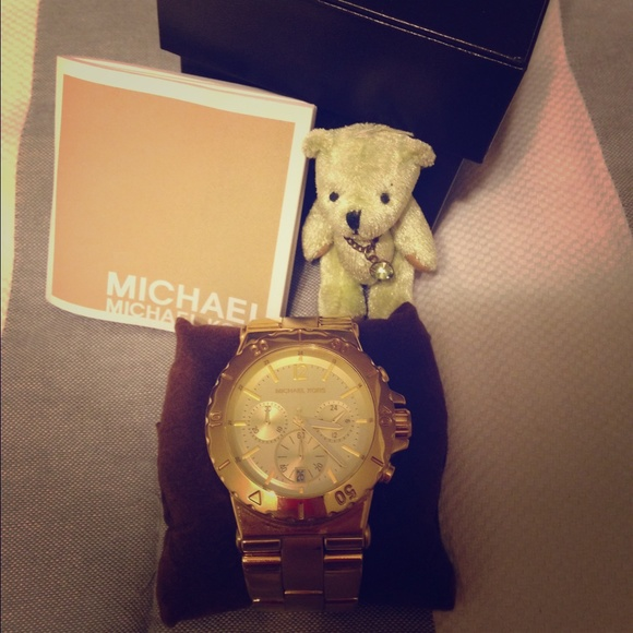 40 off michael michael kors jewelry michael kors for Michael b jewelry death