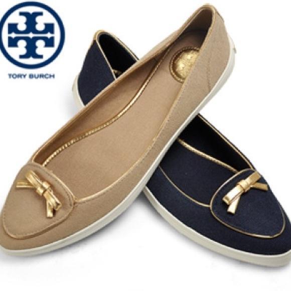 5c3a9a8ae0c9f 🎉HP🎉Tory Burch - Dakota - Canvas Sneaker in Navy.  M 558cc516ec54642c1d000dae
